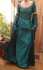 Emerald green elven gown (Yava.) Tags: emerald green velours fabric costume wip lord rings hobbit tolkien elves gown film movie gold ribbon velvet