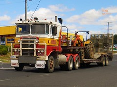 photo by secret squirrel (secret squirrel6) Tags: secretsquirrel6truckphotos craigjohnsontruckphotos atkinson trucking brittish cabover bullbar detroit diesel power flickr photo leongatha a 2013 dropdeck
