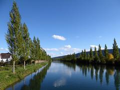 Flusslandschaft / River landscape a (krinkel) Tags: fluss aare river olten switzerland wasser water spiegelung reflections herbst autumn panasonic
