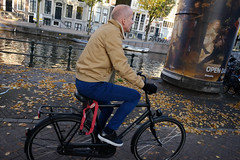 DSCF9292.jpg (amsfrank) Tags: people autumn fall dutch amsterdam candid