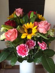 生け花 (eyawlk60) Tags: flower arrangement flowerarrangement 生け花 花 美しい ローズ バラ ユリ