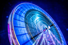 INFINITY (julienseignol) Tags: fair foire fun night canon 760d lights speed city bordeaux france blue circle cercle infini sky roue streaks nuit nocturne
