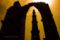 Qutub Minar (Irumporai_A) Tags: qutubminar minar qutub india delhi monuments silhouetees irumporai