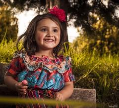 nia hermosa (edyn81) Tags: nia sonriente trajetipico quiche bonbon bombon indigena postal guatemala guatemalteca chapin chapina chapinlandia inguat sonrisa guatelinda