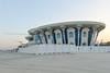 Extravagant beach house (Francisco Anzola) Tags: dubai uae unitedarabemirates beach jumeirahbeach jumeira jumeriah architecture crazy