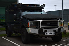 Essex Police | Ford F450 Jankel | Armed Response Vehicle | LX05 HTD (Chris' 999 Pics) Tags: 4x4 arv armed response vehicle rpu roads policing unit london stansted airport baa stn protect service firearms weapons guns law enforcement 999 112 essex police ford f450 jankel armoured lx05htd