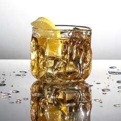 Flash Fun (Daniel Knight Photography) Tags: speedlight glass franticfarms warkworth splash whisky offcameraflash flash canon canon7dmarkii canon24105 40creek canadianwhisky