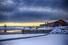 Pit Caribou Sunrise (Danny VB) Tags: winter snow neige hiver pitcaribou brasserie brewery reflection sunrise canon 6d dannyboy quebec canada beer biere usine