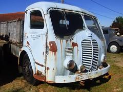 Somua/Panhard JL 15  6 cyl de 130 cv  bv 5   1946, Au Rétro Machines de Cordelle - Loire (ricohplio) Tags: camion 1946 somuapanhard vehiculeancien