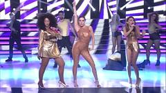 """Angy, Roko y Llum Barrera interpretando """"Bang Bang"""" en """"Tu Cara Me Suena 4"""""""