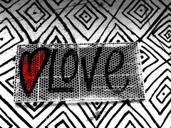 <3 LOVE (Giovanne Ferreira) Tags: streetart art love window graffiti arte heart amor corao janela grafite artederua