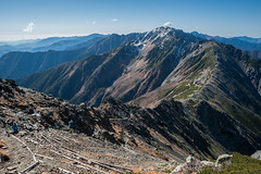 Ridge to 間ノ岳 | Mt. AInodake (deletio) Tags: mountains japan clouds landscape ridge yamanashi 2015 北岳 yamanashiken akaishi mtkitadake d700 nikkornc24mmf28 間ノ岳 minamialpsshi mtainodake