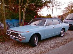 39-AV-78 TOYOTA Crown 2000 Saloon 1973 (ClassicsOnTheStreet) Tags: 2000 toyota crown 1973 39av78