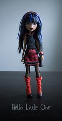 Kid's Here! (dancingmorgana) Tags: cleo de nile monster high doll rerooted hybrid monsterhogh reroot body howleen playset tabv vanity