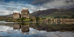 Eilean Donan (Grant Morris) Tags: reflection castle canon scotland bluesky eileandonan waterscape 24105 dornie eileandonancastle abigfave platinumheartaward grantmorris grantmorrisphotography