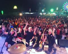 ขอบคุณเพื่อนๆที่ #สีคิ้ว มากๆคับ ขอบคุณที่ช่วยกันร้องเพลงทั้งเก่าและใหม่^^ #ฉันจะเอาเธอมาเป็นแฟนให้ได้ #rsfriends #yesmusic #boatdrfuu #romeoband #ขอบคุณพี่โจ้และเฮียสามารถมากๆคับ @jochalermsak