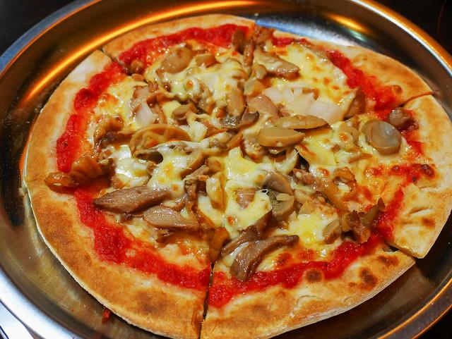 新北 板橋–平價披薩吃到飽–Pizza Fun 披薩坊
