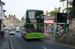 1152 (HW09 BAA) - Shanklin (GreenHoover) Tags: isleofwight iow shanklin southernvectis bus scaniaomnicity 1152 hw09baa