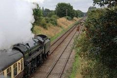 BR Riddles Standard 7MT No. 70013 'Oliver Cromwell' approaching Quorn & Woodhouse at Woodthorpe, with 2A16 during the GCR Autumn Gala on a overcast 8th October 2016  (steamdriver12) Tags: gcr autumn gala 8th october 2016 great central railway heritage preservation locomotive main line leicestershire br riddles standard 7mt no 70013 oliver cromwell approaching woodhouse quorn smoke steam coal oil