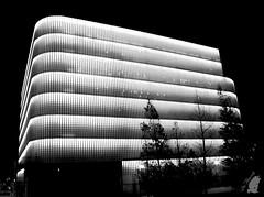 edificio (Blue_Photography) Tags: noche bilbao blanconegro monocromo estructura edificio