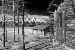 Cabins with a view Jackson Hole, Wyoming (Cooke Photo) Tags: oldbarn blackwhite infrared tetons mountains americanwest wyoming scenicwyoming rockymountains grandtetons jacksonhole nature