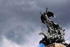 Rotas cadenas (nojustiniano) Tags: cerrodelagloria cerro rotas cadenas mendoza monumento estatua