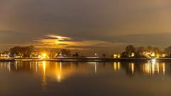 HV163391.jpg (HVargas) Tags: softmoonlight landscape moonlight twilight moonrise fiveisland moon bayscape oceanscape twilighthours outdoor newrochelle newyork unitedstates us waterfront supermoon