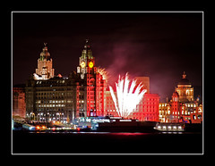 The River of Light Firework Display (Dave Brown8) Tags: liverpool fireworks pierhead fireworkdisplay riveroflight 2016 november5th threegraces