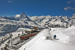 Swiss train expirience : the Gornerrgrat The Matterhorn , an alpine panorama. No, 4319. (Izakigur) Tags: helvetia cff swiss switzerlnad svizzera d700 dieschweiz nikkor nikond700 flickr switzerland nikon paradise snow neige schnee wallis kanton zermatt winter white matterhorn cervin cervino lasuisse laventuresuisse liberty ilpiccoloprincipe suiza suisse suisia schweiz romandie suizo  schwyz mountain landscape swissfederalrailways railway train trainstation gare topf25 topf500 100faves 200faves 250faves 500faves