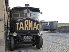 Overnight Layover (Terry Pinnegar Photography) Tags: beamish museum countydurham steam wagon sentinel dg8 ux5355 tarmac livingvan 8016 eagleofwarwick warwick