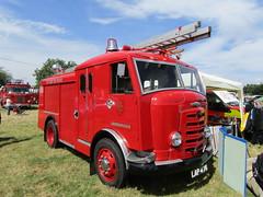 LAP 476 (markkirk85) Tags: show fire sussex engine east lap appliance carmichael brigade gamecock odiham 476 2015 karrier lap476