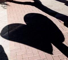 love <3 (Mrcio Scheppa) Tags: shadow love heart amor telephone sombra corao telefone orelho publicphone