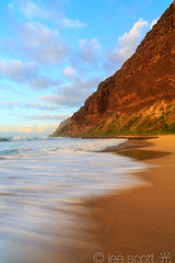 Polihale State Park, Kauai lines in the sand and pali (lee scott 光) Tags: ocean sunset usa seascape beach nature water flow outdoors hawaii movement sand calming kauai polihale serene eveninglight leescott beachscene kauaisunset hawaiianislands polihalebeach polihalestatepark rightsmanaged kauaibeach polihalesunset sandyshore hawaiiancoastline kauaibeaches lightsourcephotographybyleescott