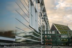 _DML1407 (duncen.mcleod) Tags: windmill ren marken zaanseschans molens paardvanmarken oudehuisjes