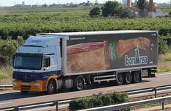 Un poquito de jamn? (mabra68) Tags: camion truck lorry mercedes ap7 jamon bonarea