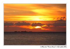20161022_20512_pierres_noires_coucher_soleil_1200px (ge 29) Tags: bretagne finistere breizh pierresnoires phare lighthouse coucher soleil le conquet