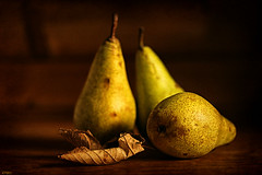 Harvest time (eleni m) Tags: stilllife stilleven pears peren harvest oogst leaf blad autumn herfst indoor dof three drie fruit food