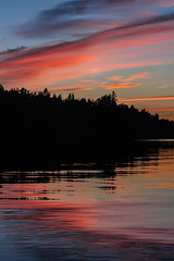 IMG_1859-1 (Andre56154) Tags: schweden sweden sverige sky himmel wolke cloud sonnenuntergang sunset abendrot afterglow dmmerung dawn ozean ocean meer sea wasser water schren archipelago ufer kste coast spiegelung reflexion reflection