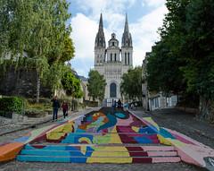 Street Art (kilian336) Tags: angers 49 maine et loire france art de rue street symboles symbols marches stairs eglise cathdrale saintmaurice dangers