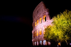 The colloseum in Rome (R.Halfpaap) Tags: rome roma collosseum amphitheatre flavian night available light tree green black yellow europe ancient romans