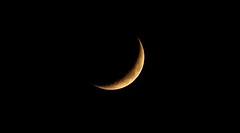 December Moon II (wani_no_ko) Tags: moon luna mond december night sky zoom telezoom winter black grey blackandwhite bw yellow light glow