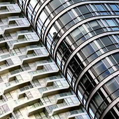New Providence Wharf (No Great Hurry) Tags: skidmoreowingsmerrill diagonal square lookingup glass windows constructuralart architectureontheslant curves curve balconies skyscrapers docklands london towerhamlets cubitttown providencetower ontariotower nogreathurry newprovidencewharf architecture city building pattern abstract lines geometric minimalism buildingstructure patterns design