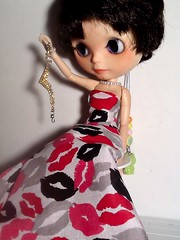 Blythe-a-Day November#17: A luxury&#19: Something Unexpected: Nylah Gets a Surprise