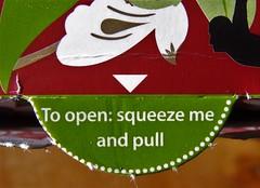 HMM! Put the kettle on (jenbrasnett) Tags: chai theme arrow macromondays teabags