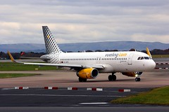A320 EC-MFN Manchester 03.12.16 (jonf45 - 2.5 million views-Thank you) Tags: aircraft airliner civil jet plane manchester ringway airport airbus a320 vueling airlines a320232s ecmfn