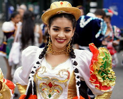 Our girl from Bolivia (e) Tags: girl glimlach gorgeous gal smile sorria sourire stunning sonrisa smiling street woman lady femme female face fille frau festival lach portrait portraiture portret parade retratos rotterdam summer summercarnival latina hat hoed meisje girls karnaval carnaval carnival