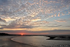 2015-08 Zonsondergang - wachten op de Perseden (Stellendam) (Meteo Hellevoetsluis) Tags: sea haven beach netherlands weather strand nederland sunsets zee lowtide augustus stellendam eb goeree meteo zuidholland 2015 nld 0812 havenhoofd zomerseizoen collecties provinciezuidholland mnd08