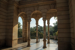 Columns in Barcelona (Kasimir) Tags: barcelona column neoclassicism neoclassical columna autofocus neoclasicismo