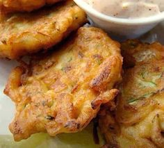 Zucchini Fritters on (sumr.gurl) Tags: paradise outdoor furniture carrie zucchini wicker fritters lorentz