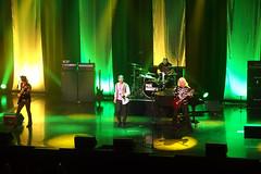 P8290076B (The Real Maverick) Tags: niagarafalls concert fallsviewcasino paulrodgers badco avalonballroom olympusstylus1